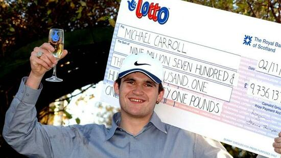 Lottery Lout Michael Carroll with Cheque